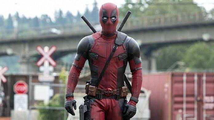 Ryan Reynolds da una actualización de Deadpool con solo tres palabras