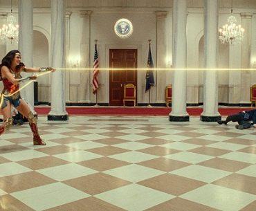 Wonder Woman y Cheetah luchan en épica escena de Wonder Woman 1984