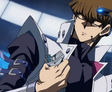 Imagen tomada del anime 'Yu-gi-oh' con un primer plano de Seto Kaiba.