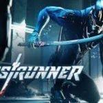 Un hombre rodilla en tierra con un traje azul y una máscara mientras empuña una larga espada .