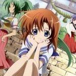 Imagen promocional de Higurashi: When They Cry - GOU con sus protagonistas femeninas en la entrada de un templo
