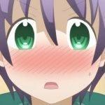 Nasa de Tonikaku Kawaii con un primer plano a su rostro sonrojado