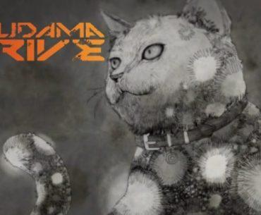 Imagen en blanco y negro de 'Black Cat' posando de frente pero mirando hacia la izquierda en un fondo gris mientras a la parte superior izquierda aparece la frase 'Akudama Drive' en naranja.