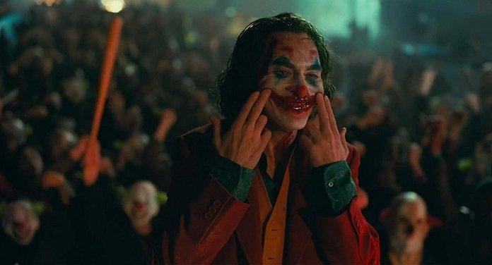 Joaquin Phoenix como Arthur Fleck/Joker
