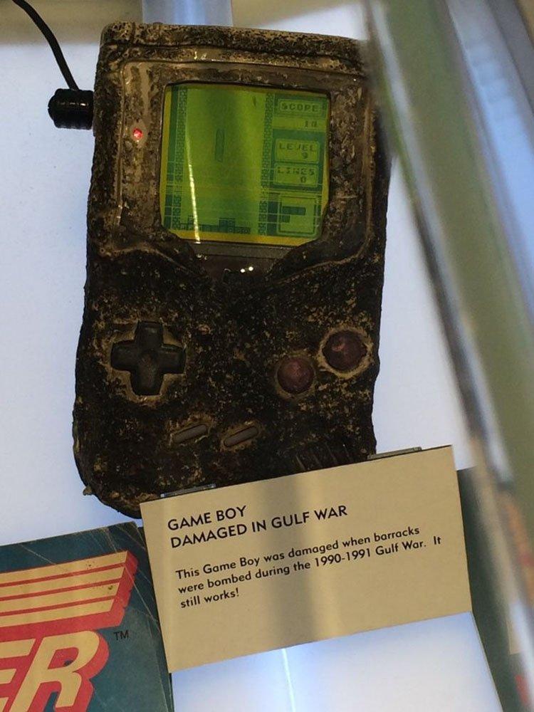 Game Boy del Golfo en Nintendo NY.