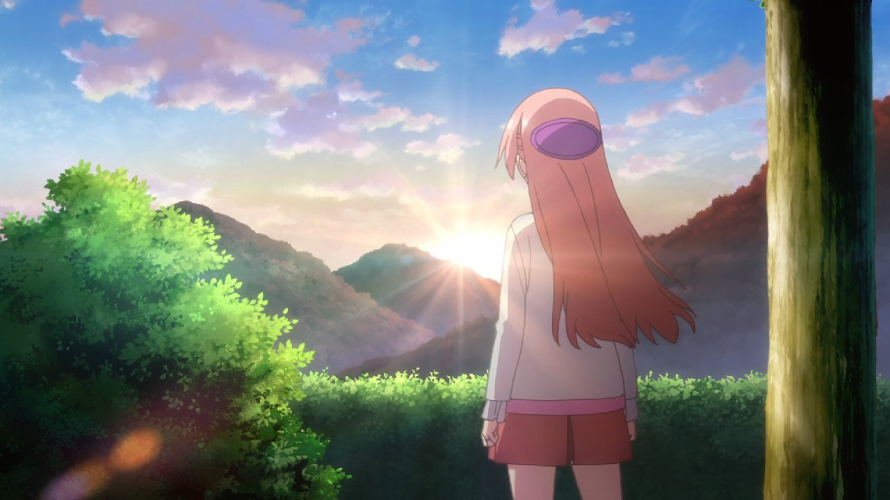 Imagen del episodio 08 de Tonikawa con Tsukasa de espaldas y admirando las montañas en pleno amanecer.