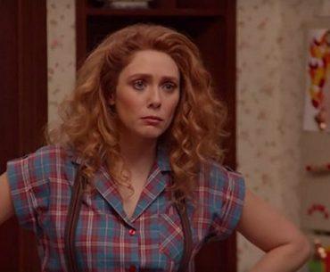 Elizabeth Olsen como Wanda Maximoff en WandaVision