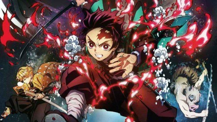 Imagen del póster oficial de 'Kimetsu no Yaiba Movie Mugen Ressha-hen' con Tanjiro saltando a la batalla cubierto en llamas mientras al fondo se ve a Zenitsu e Inosuke.