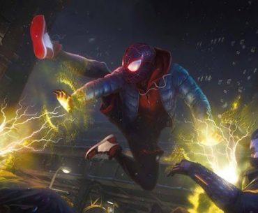 Peter Prker luchando contra dos rivales con su traje de Spider-Man