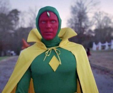 Paul Bettany como Vision en WandaVision en Disney Plus