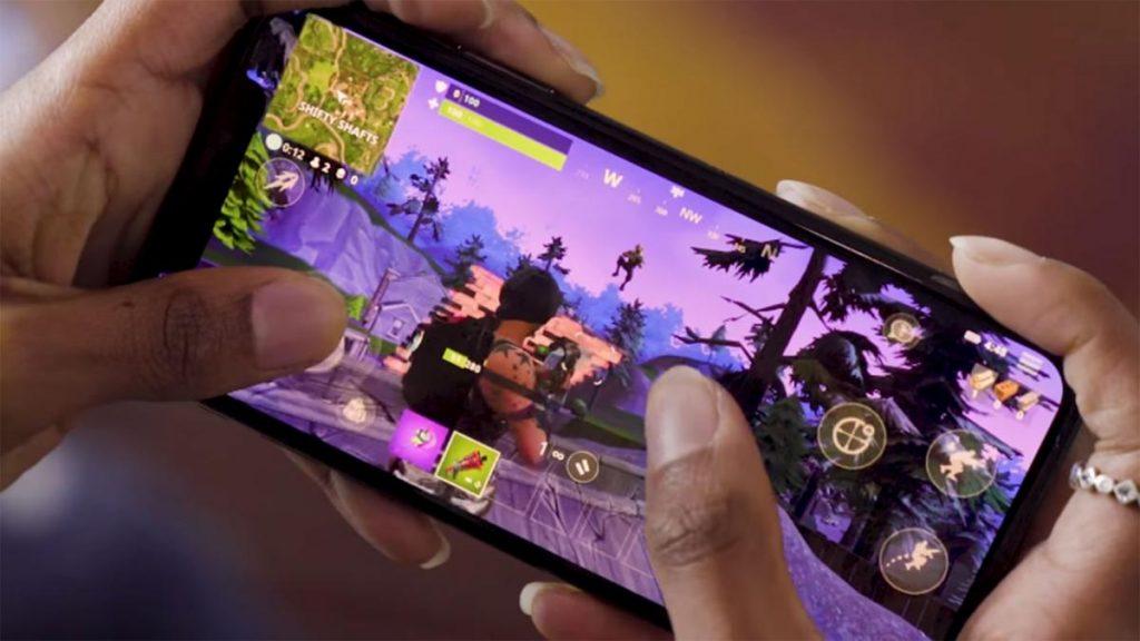 Fortnite en móviles.