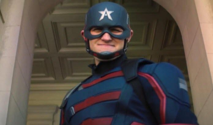 Wyat Russell usando el traje de Capitán América