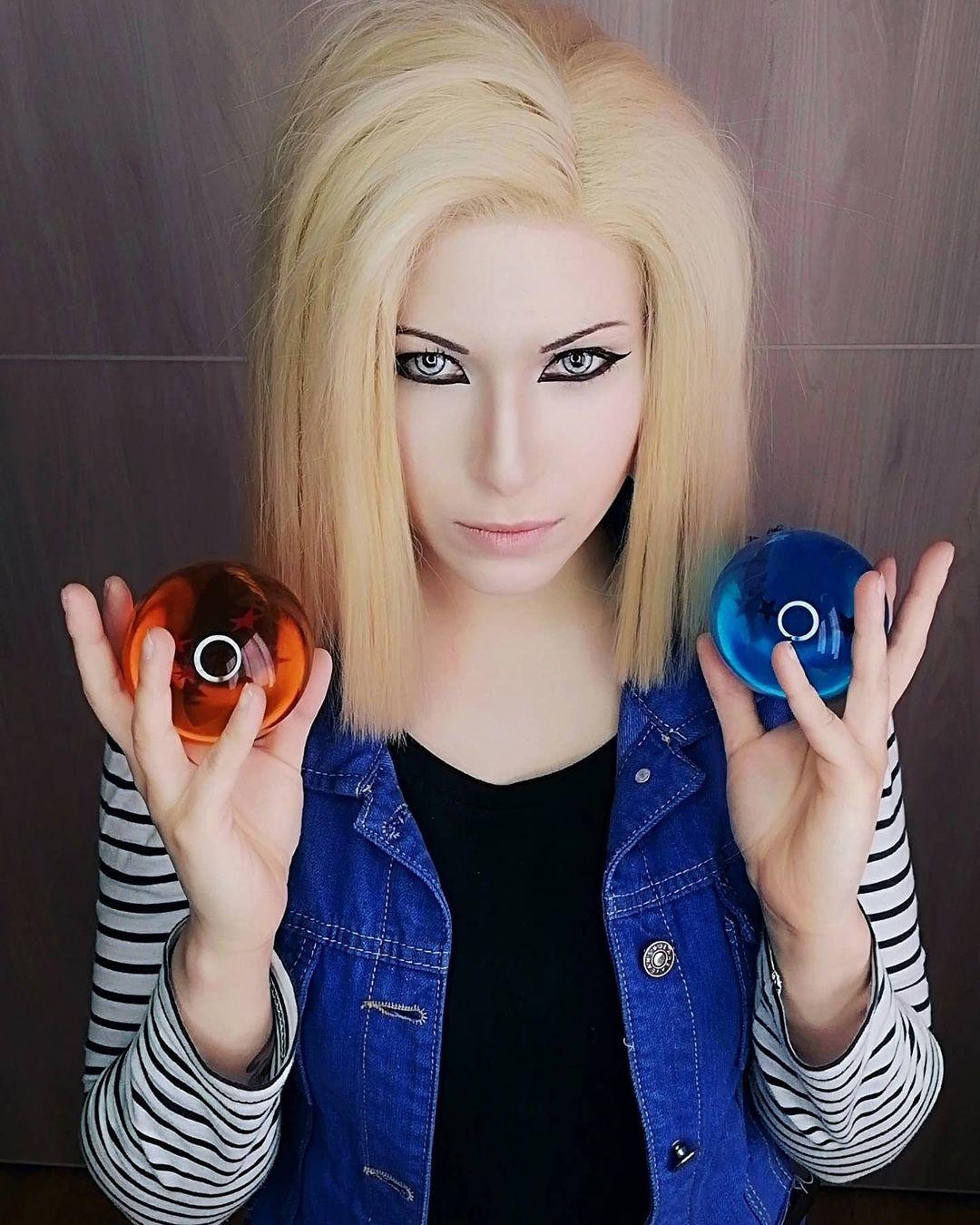 Fotografía de la cosplayer Kurai_ame de Androide 18 de 'Dragon Ball'.