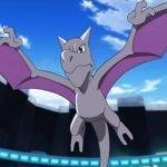 Imagen tomada de 'Pokemon' con un Aerodactil volando por los cielos.