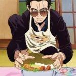 Imagen promocional de Gokushufudou, con Tatsu haciendo el bento especial para su esposa con gran disciplina